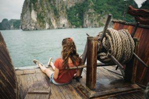 Auf dem Boot in der Halong Bucht